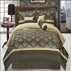 Luxurious KING Size 11 Piece Thomasville Coffee Comforter Set with Comforter, Bed Skirt, Pillow Shams, Cushion, Breakfast Pillow, Neck Roll & BONUS 600TC 100% Egyptian Cotton Bed Sheet Set, Color Style Chocolate, Beige and Gold Egyptian Cotton Factory Outlet Store http://www.amazon.com/dp/B00KI0WW8A/ref=cm_sw_r_pi_dp_29l8tb19HCM0W