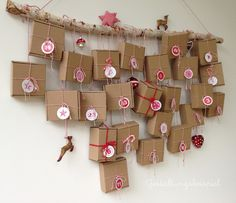 Adventskalender - Adventskalender 24 Schachteln und Sticker im Set - ein Designerstück von Bleibtschoen bei DaWanda