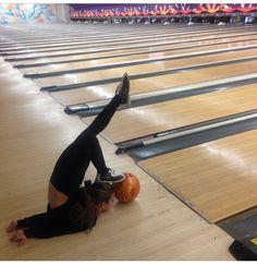 How Mackenzie bowls