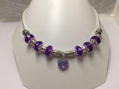 Collier charm's , violet , avec perles cristal et coeur cristal   réf 830 de la boutique perlesacoco sur Etsy