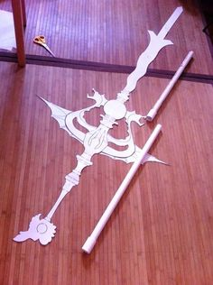 "nyriikos: "" I started out making a life size template of Kougyoku's djinn equp weapon in Illustrator and printed it out just so I could get a good feel for the scale in comparison to my height. I then..."