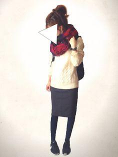 UNIQLOのニット・セーター「ローゲージケーブルクルーネックセーター」を使ったレキミのコーディネートです。WEARはモデル・俳優・ショップスタッフなどの着こなしをチェックできるファッションコーディネートサイトです。