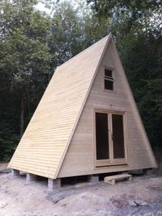 Tiny House Plans 425590233537168177 - chalet tipi bois stmb Source by jacquesterrade Tiny Cabins, Tiny House Cabin, Tiny House Design, Cabin Homes, Cabins In The Woods, House In The Woods, Wooden Teepee, Cabin Kits, A Frame House