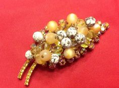 Items similar to Juliana Fun Beads, AB Topaz, Yellow & Speckled Bead Brooch on Etsy Sweet Betty, Topaz Jewelry, Beaded Brooch, Unique Jewelry, Vintage Jewelry, Abs, Bling, Trending Outfits, Yellow