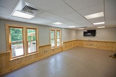 Classroom - Aleen Steinberg Center, Dupont State Forest, NC– Upfit Log Cabin || Form & Function Architecture ||
