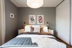 Närbild säng Master Bedroom
