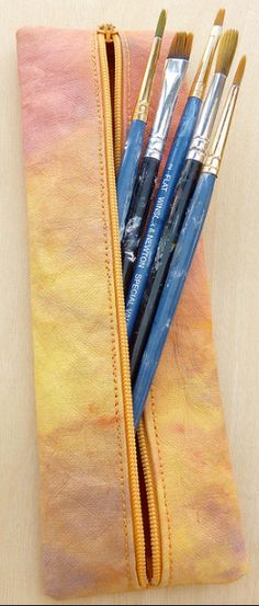 Slender Zip Pouch Designed by Lynn Koolish using kraft•tex™