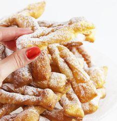 Przepis na faworki z mascarpone | AniaGotuje.pl Polish Desserts, Pavlova, Cupcake Cookies, Pretzel Bites, French Toast, Bacon, Sweets, Bread, Breakfast