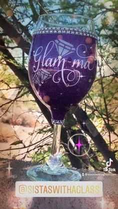 Glitter Wine Glasses, Diy Wine Glasses, Ways To Show Love, Circuits, Diy Shirt, Wine Bottles, Gift, Mothers, First Love