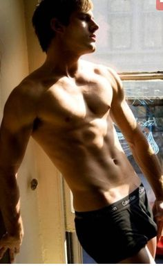 Matt Lanter...oh how you so need me in your life....i will wreck you!!!!