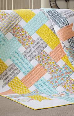 Free Modern Quilt Patterns - all so gorgeous and perfect projects for coming fall/winter