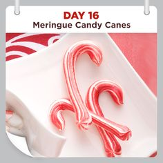 25 Days of Christmas Cheer :: Day 16 :: Meringue Candy Canes Recipe