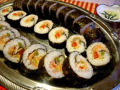 Sushi, Japanese Food, Maki, Food And Drink, Favorite Recipes, Ethnic Recipes, Lunches, School