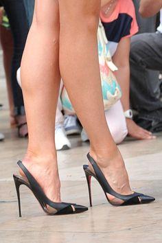 Maria Sharipova: slingback pumps and great legs