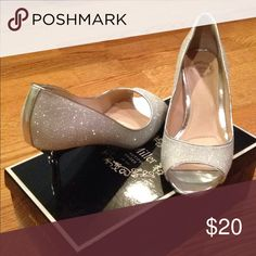 Beautiful shoes!! Silver sparkle shoes great for a ball or homecoming!! Never worn! I. Miller Shoes Heels