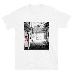 Alleyway (Unisex T-Shirt) - White / M