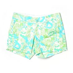 Pre-owned Lilly Pulitzer Khaki Shorts (83 RON) ❤ liked on Polyvore featuring shorts, green, khaki shorts, lilly pulitzer, green shorts and lilly pulitzer shorts
