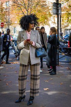 Julia Sarr-Jamois by Best Street Style, Street Style 2017, Street Chic, Paris Street, Fashion Weeks, Fashion Outfits, Fashion Clothes, Fashion Vest, Fashion Shoes