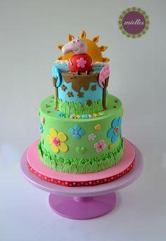 Cute Peppa Pig Cake by miettes