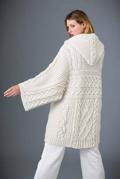 Ravelry: Cabled Pullover pattern by Deborah Newton Vogue Knitting, Hand Knitting, Loom Knitting, Crochet Patterns For Beginners, Knitting Patterns, Knitting Tutorials, Stitch Patterns, Knitting Basics, Knitted Coat