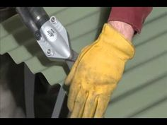 this is how you bend the bottom a roof panel under to create a clean