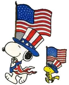 Snoopy and Woodstock celebrating - Holiday- Memorial Day / of July - Planejamento de Eventos Peanuts Cartoon, Peanuts Snoopy, Schulz Peanuts, Snoopy Cartoon, Snoopy Comics, Peanuts Comics, Happy 4 Of July, Fourth Of July, Happy Thursday