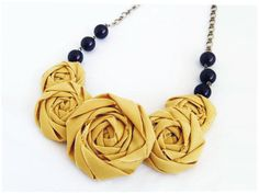 "Идеи: летние бусы и ожерелья! / Клуб ""Минчанка"", Rose fabric statement necklace via www.minchanka.by"