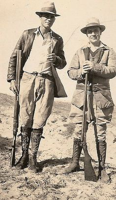 Discover recipes, home ideas, style inspiration and other ideas to try. Duck Hunting, Hunting Dogs, Old Photos, Vintage Photos, Vintage Stuff, Hunting Pictures, Tweed, Out Of Africa, Girl Inspiration