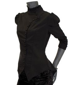 Black victorian blouse with high collar High Collar Shirts, High Collar Blouse, Victorian Collar, Victorian Blouse, Pretty Outfits, Pretty Clothes, High Waisted Skirt, Dresses For Work, Fashion Outfits