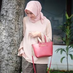 10 Inspirasi Model #Hijab Simple Terbaru