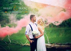Smoke Bomb Wedding Ideas-Smoke bomb couple shoot