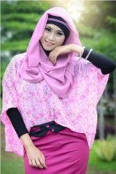 Kameela - Atasan maxi berbahan chiffon dengan motif bunga. Model pinguin.  Alsize, fit to XL.  Warna: Pink, Biru, Kuning.