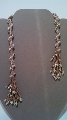 This necklace is woven together using the double and single spiral rope weave. Using Copper Lined Alabaster and Cream seed beads. Two looks Seed Bead Necklace, Lariat Necklace, Seed Beads, Beaded Jewelry, Beaded Bracelets, Beadwork Designs, Beaded Ornaments, Beads And Wire, Beautiful Necklaces