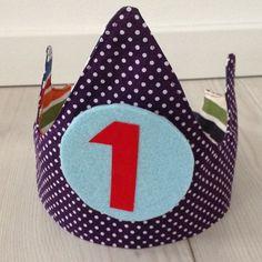 Een zelfgemaakte verjaardagskroon die je elk jaar kunt gebruiken patroon patronen verjaardagskronen diy crown birthday pattern tutorial