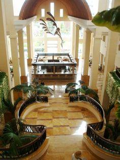 Inside Excellence Playa Mujeres All Inclusive Luxury Photo by Cheri Forzani  #thejoyoftravel www.thejoyoftravel.net