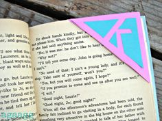 corner bookmarks with astrobright! - A girl and a glue gun