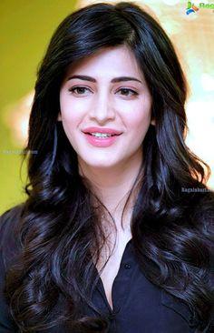 Beautiful Girl Indian, Most Beautiful Indian Actress, Beautiful Girl Image, Beautiful Models, Beautiful Bollywood Actress, Beautiful Actresses, Beautiful Heroine, Prity Girl, South Indian Actress Hot