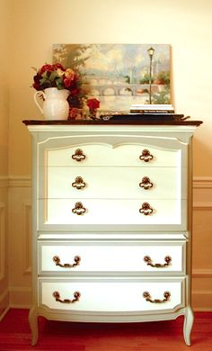 french provincial dresser makeover/two tone french provincial dresser/painted dresser with stained top