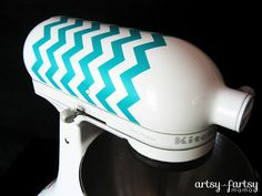 artsy-fartsy mama: DIY KitchenAid Decal