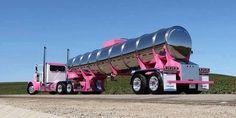One of the best looking semi trucks on the California highways! Show Trucks, Big Rig Trucks, Fire Trucks, Fuel Truck, Train Truck, Peterbilt Trucks, Chevy Trucks, Peterbilt 379, Custom Big Rigs