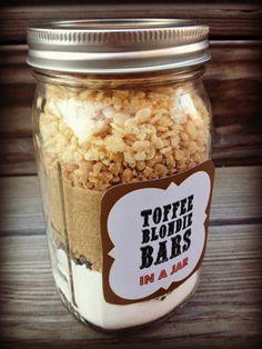Toffee Blondie Bars {Gifts in a Jar Roundup at lifeyourway.net}