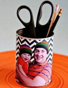(tot school tuesday) 35 handmade father's day gifts - See Vanessa Craft Book Crafts, Fun Crafts, Crafts For Kids, Fathers Day Crafts, Gifts For Father, Handmade Father's Day Gifts, Pot A Crayon, Daddy Day, Papi
