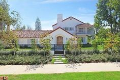 Carole Lombard's former home at 523 North Beverly Dr, Beverly Hills, California.