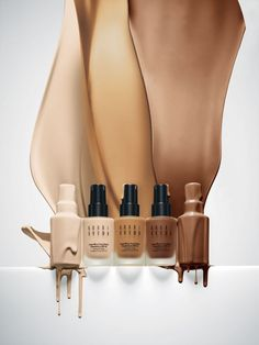 Bobbi Brown 'Long-Wear' Even Finish SPF 15 Foundation (Nordstrom Exclusive) Natural Look. Love this foundation. Beauty Ad, Beauty Make Up, Beauty Hacks, Makeup Photography, Product Photography, Cosmetic Photography, Magazin Design, Cosmetic Design, Nude Makeup