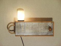 stehlampen stehlampe holzlampe upcycling ein designerst ck von tommiehinger bei dawanda. Black Bedroom Furniture Sets. Home Design Ideas