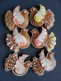 holubičky Holiday Cakes, Holiday Treats, 12 Days Of Christmas, Christmas Diy, Gingerbread Cookies, Christmas Cookies, Specialty Cakes, Cake Boss, Cake Shop