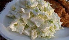 Ledový salát jako příloha Cabbage, Vegetables, Food, Meal, Vegetable Recipes, Hoods, Collard Greens, Veggies, Brussels Sprouts
