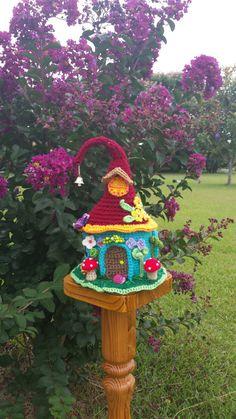 Handmade Crochet Fantasy Fairy / Gnome house Garden by emcrafts