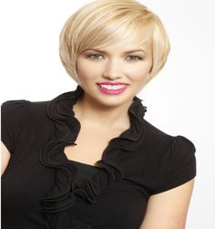 35 Short Straight Hairstyles Trending Right Now in 2019 Bob with Concave Layers Angled Bob Haircuts, Angled Bob Hairstyles, Very Short Haircuts, Straight Hairstyles, Cool Hairstyles, Haircut For Square Face, Square Face Hairstyles, Short Straight Hair, Short Hair Cuts For Women