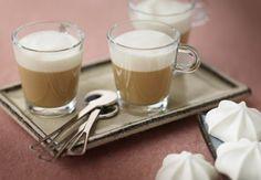 Coffee custard with caramel milk froth - Nespresso Ultimate coffee creations Custard Ingredients, Coffee Ingredients, Cappuccino Recipe, Nespresso Recipes, Milk Dessert, Coffee Dessert, Low Sugar Recipes, Flavored Milk, Chocolate Sweets